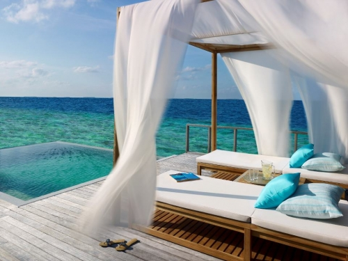 Dusit-Thani-Maldives-5