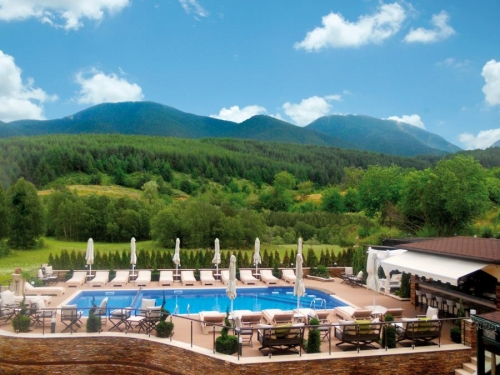 Premier-Luxury-Mountin-Resort--5--